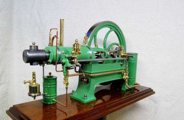 Two stroke hot-bulb engine